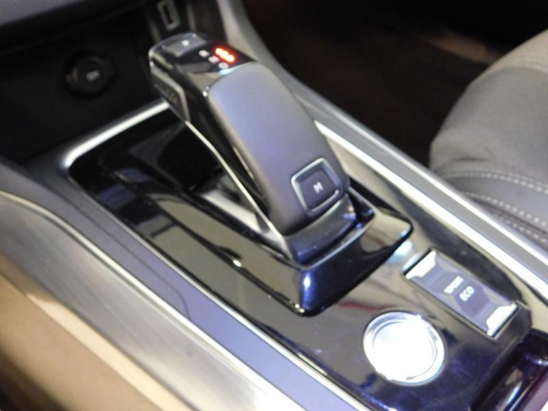 Photo 7 de l'offre de PEUGEOT 308 SW 1.2 PureTech 130ch E6.c S&S Allure EAT8 à 18990€ chez Autovia Véhicules Multimarques