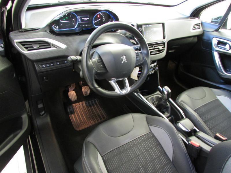 Photo 7 de l'offre de PEUGEOT 2008 1.6 e-HDi92 FAP Allure à 10390€ chez Autovia Véhicules Multimarques