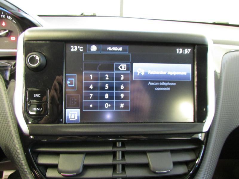 Photo 10 de l'offre de PEUGEOT 2008 1.6 e-HDi92 FAP Allure à 10390€ chez Autovia Véhicules Multimarques