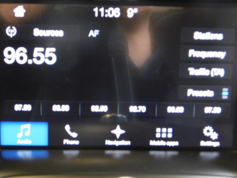 Photo 21 de l'offre de FORD Kuga 1.5 TDCi 120ch Stop&Start Titanium 4x2 à 18490€ chez Autovia Véhicules Multimarques