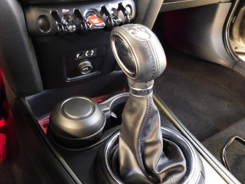 Photo 18 de l'offre de MINI Countryman Cooper D 150ch Chili BVA à 27900€ chez Autovia Véhicules Multimarques