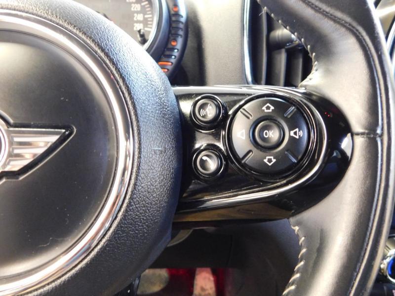 Photo 17 de l'offre de MINI Countryman Cooper D 150ch Chili BVA à 27900€ chez Autovia Véhicules Multimarques