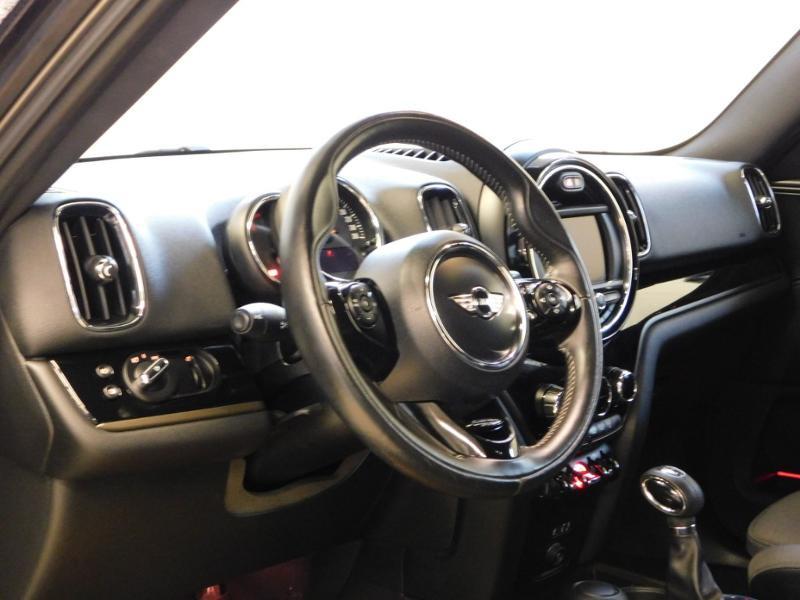 Photo 9 de l'offre de MINI Countryman Cooper D 150ch Chili BVA à 27900€ chez Autovia Véhicules Multimarques