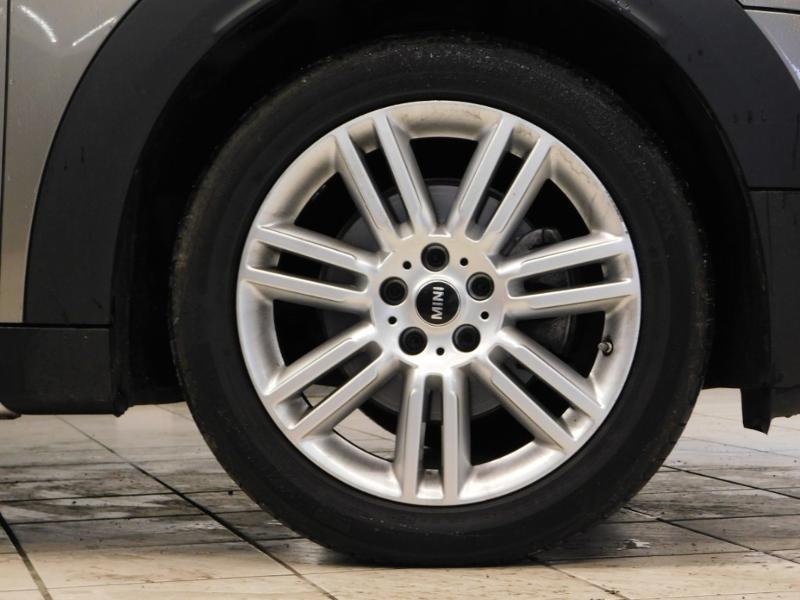 Photo 6 de l'offre de MINI Countryman Cooper D 150ch Chili BVA à 27900€ chez Autovia Véhicules Multimarques