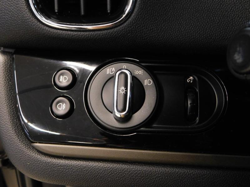 Photo 13 de l'offre de MINI Countryman Cooper D 150ch Chili BVA à 27900€ chez Autovia Véhicules Multimarques