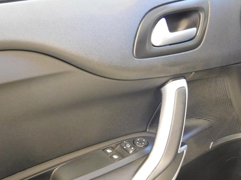 Photo 14 de l'offre de DS DS 4 BlueHDi 120ch Performance line S&S à 17490€ chez Autovia Véhicules Multimarques