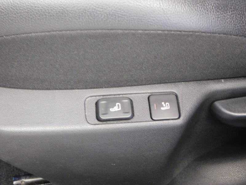 Photo 26 de l'offre de DS DS 4 BlueHDi 120ch Performance line S&S à 17490€ chez Autovia Véhicules Multimarques