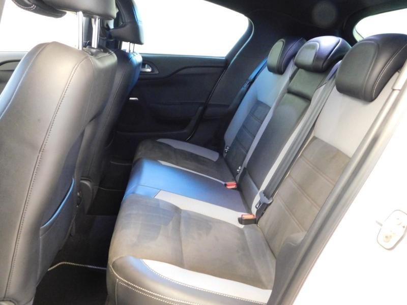 Photo 3 de l'offre de DS DS 4 BlueHDi 120ch Performance line S&S à 17490€ chez Autovia Véhicules Multimarques