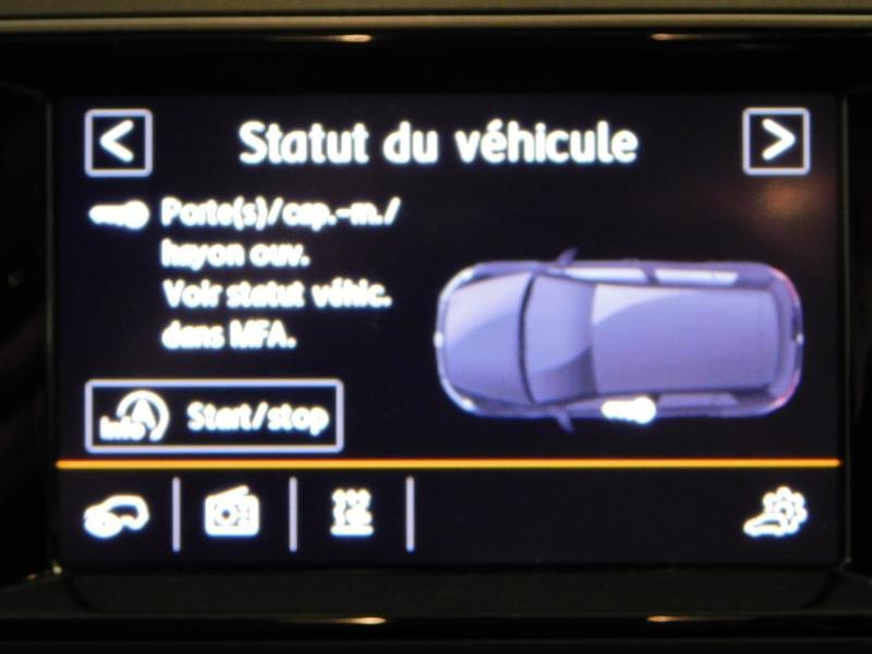 Photo 21 de l'offre de VOLKSWAGEN Golf 1.6 TDI 105ch BlueMotion Technology FAP Trendline 5p à 15490€ chez Autovia Véhicules Multimarques
