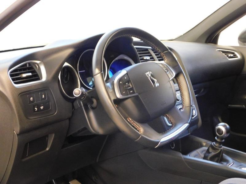 Photo 11 de l'offre de DS DS 4 BlueHDi 120ch Performance line S&S à 17490€ chez Autovia Véhicules Multimarques