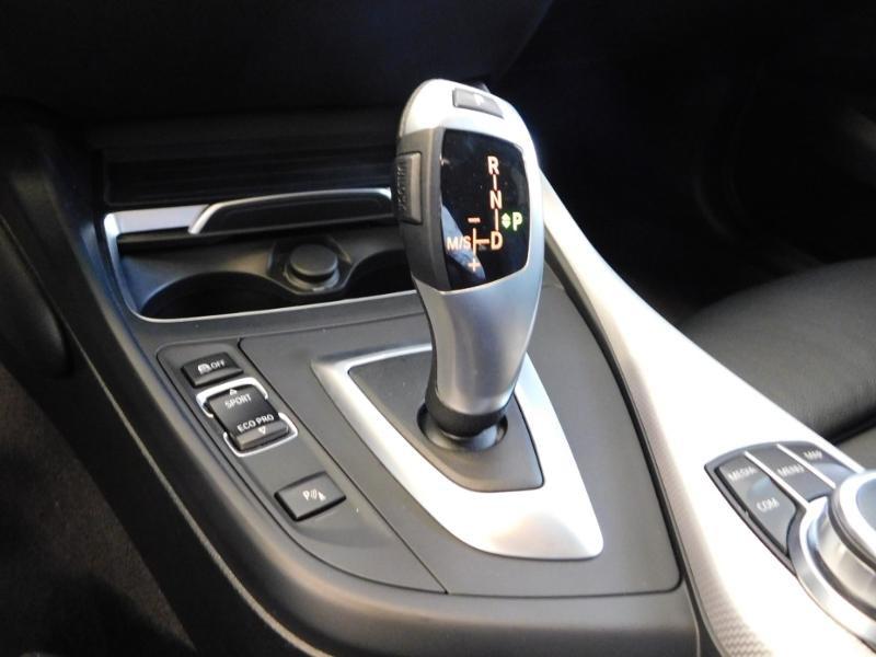 Photo 9 de l'offre de BMW Serie 1 118iA 136ch M Sport Ultimate 5p Euro6d-T à 25890€ chez Autovia Véhicules Multimarques