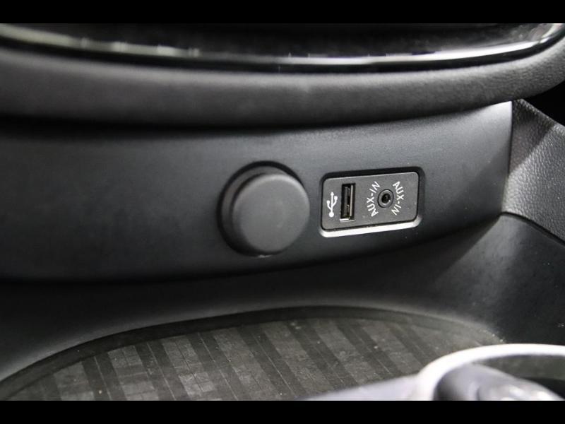 Photo 23 de l'offre de MINI Clubman Cooper D 150ch BVA à 17900€ chez Autovia Véhicules Multimarques