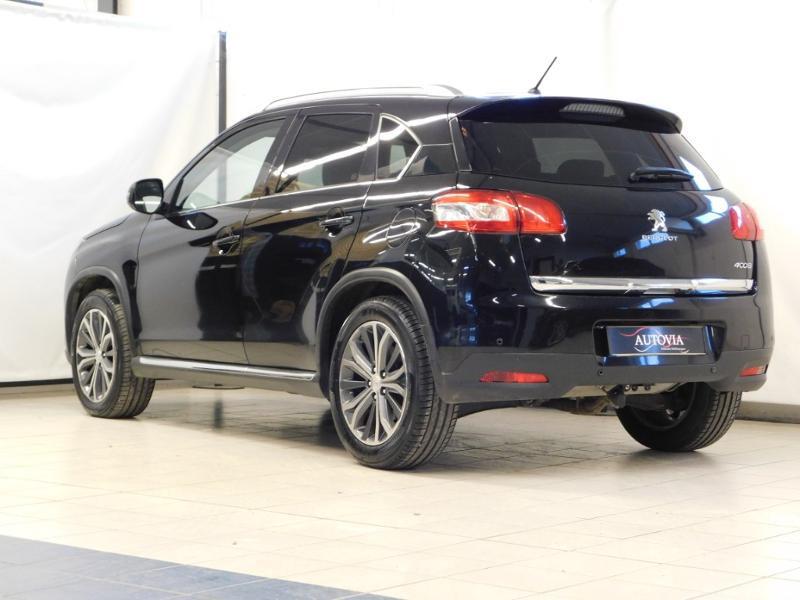 Photo 6 de l'offre de PEUGEOT 4008 1.8 HDi150 FAP STT 4WD à 17490€ chez Autovia Véhicules Multimarques