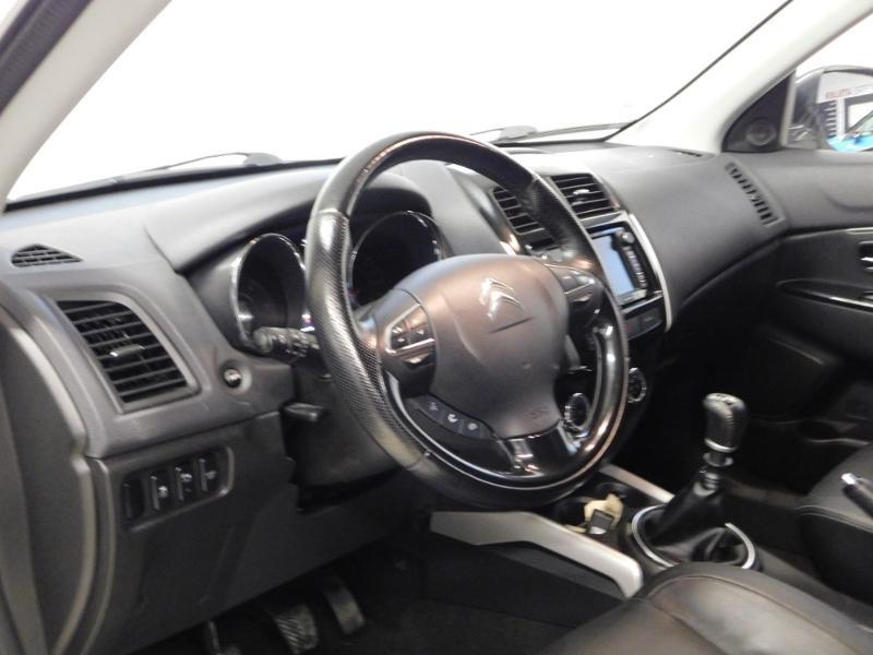 Photo 9 de l'offre de CITROEN C4 Aircross 1.6 e-HDi115 4x2 Exclusive à 14990€ chez Autovia Véhicules Multimarques