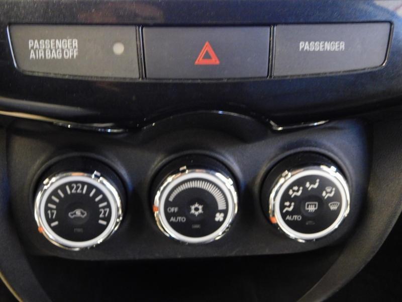 Photo 22 de l'offre de PEUGEOT 4008 1.8 HDi150 FAP STT 4WD à 17490€ chez Autovia Véhicules Multimarques