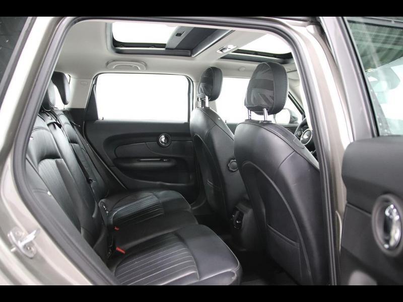 Photo 3 de l'offre de MINI Clubman Cooper D 150ch BVA à 17900€ chez Autovia Véhicules Multimarques