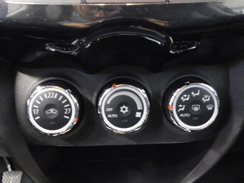 Photo 14 de l'offre de CITROEN C4 Aircross 1.6 e-HDi115 4x2 Exclusive à 14990€ chez Autovia Véhicules Multimarques