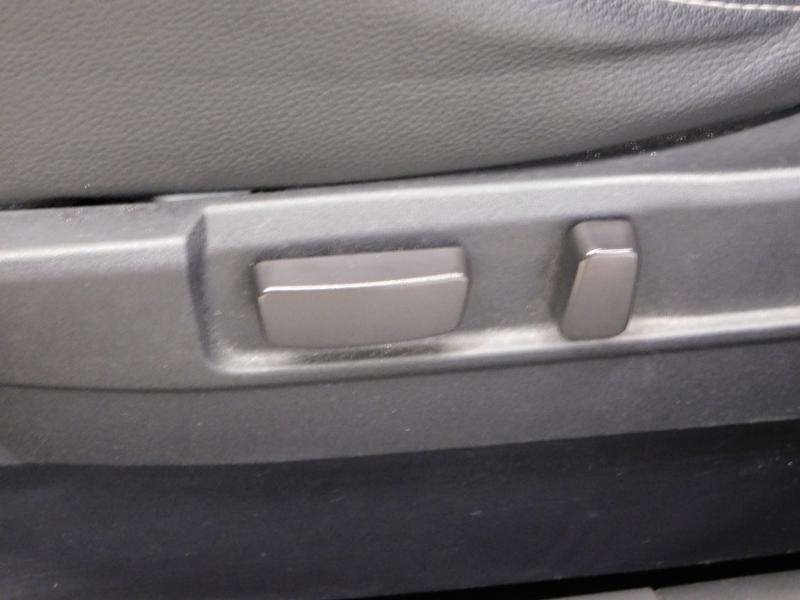 Photo 12 de l'offre de PEUGEOT 4008 1.8 HDi150 FAP STT 4WD à 17490€ chez Autovia Véhicules Multimarques