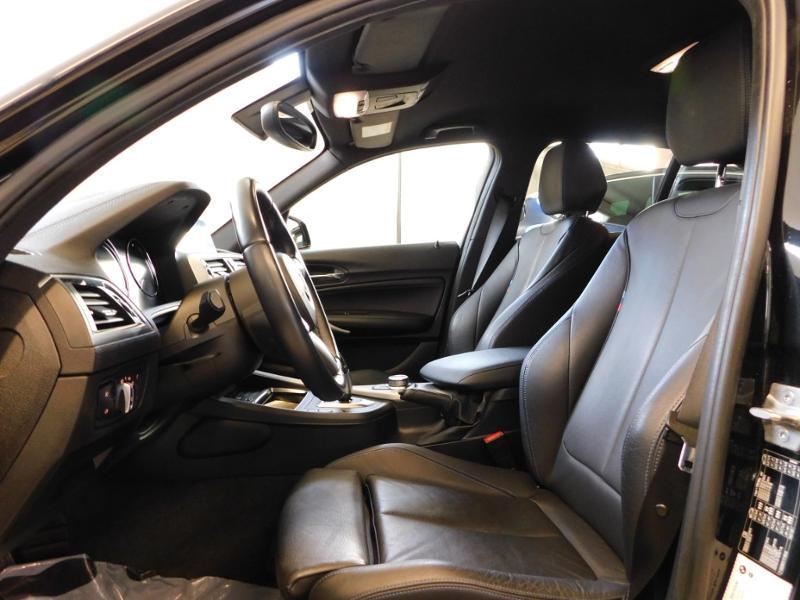 Photo 19 de l'offre de BMW Serie 1 118iA 136ch M Sport Ultimate 5p Euro6d-T à 25890€ chez Autovia Véhicules Multimarques