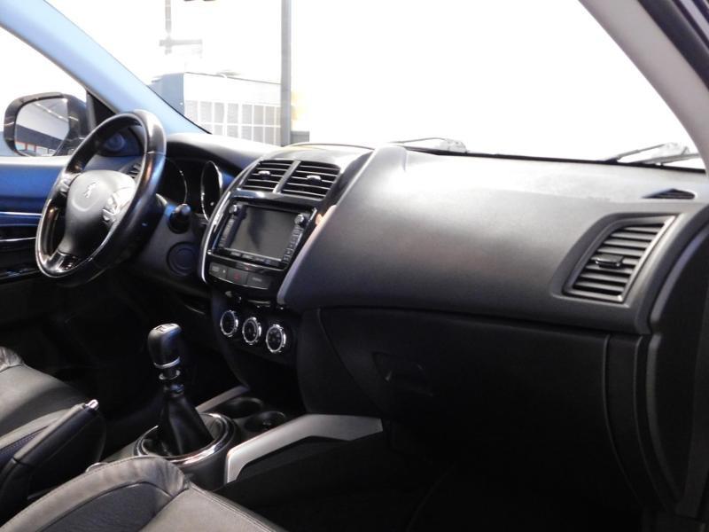 Photo 14 de l'offre de PEUGEOT 4008 1.8 HDi150 FAP STT 4WD à 17490€ chez Autovia Véhicules Multimarques