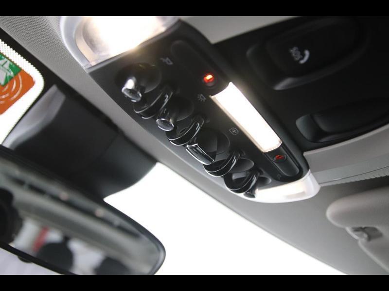 Photo 16 de l'offre de MINI Clubman Cooper D 150ch BVA à 17900€ chez Autovia Véhicules Multimarques