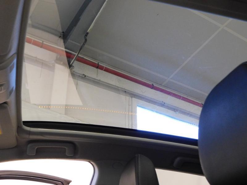 Photo 11 de l'offre de PEUGEOT 4008 1.8 HDi150 FAP STT 4WD à 17490€ chez Autovia Véhicules Multimarques