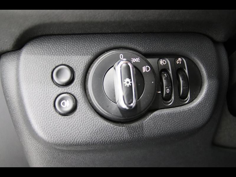 Photo 13 de l'offre de MINI Clubman Cooper D 150ch BVA à 17900€ chez Autovia Véhicules Multimarques