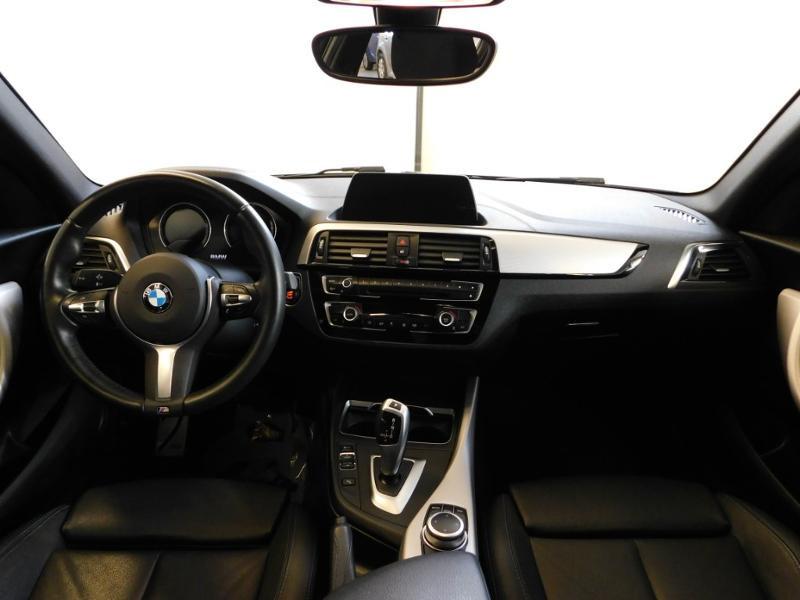 Photo 2 de l'offre de BMW Serie 1 118iA 136ch M Sport Ultimate 5p Euro6d-T à 25890€ chez Autovia Véhicules Multimarques