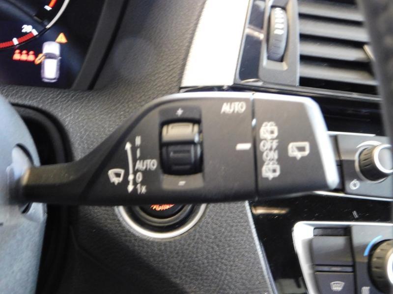 Photo 11 de l'offre de BMW Serie 1 118iA 136ch M Sport Ultimate 5p Euro6d-T à 25890€ chez Autovia Véhicules Multimarques