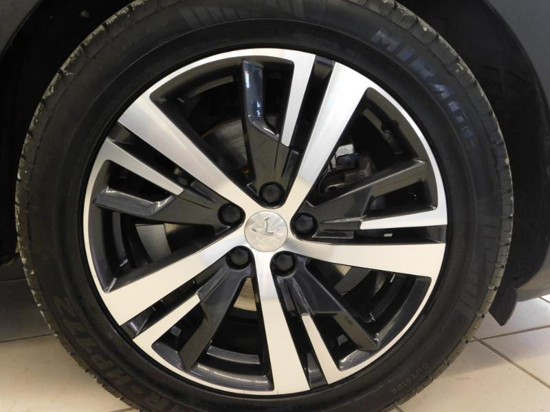 Photo 5 de l'offre de PEUGEOT 3008 1.5 BlueHDi 130ch E6.c Allure S&S à 24890€ chez Autovia Véhicules Multimarques
