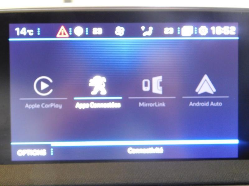 Photo 20 de l'offre de PEUGEOT 3008 1.5 BlueHDi 130ch E6.c Allure S&S à 24890€ chez Autovia Véhicules Multimarques
