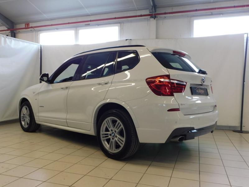 Photo 3 de l'offre de BMW X3 xDrive20dA 190ch M Sport à 31900€ chez Autovia Véhicules Multimarques