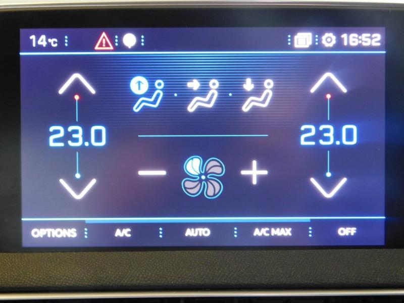 Photo 18 de l'offre de PEUGEOT 3008 1.5 BlueHDi 130ch E6.c Allure S&S à 24890€ chez Autovia Véhicules Multimarques