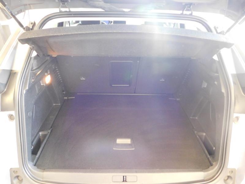 Photo 4 de l'offre de PEUGEOT 3008 1.5 BlueHDi 130ch E6.c Allure S&S à 24890€ chez Autovia Véhicules Multimarques