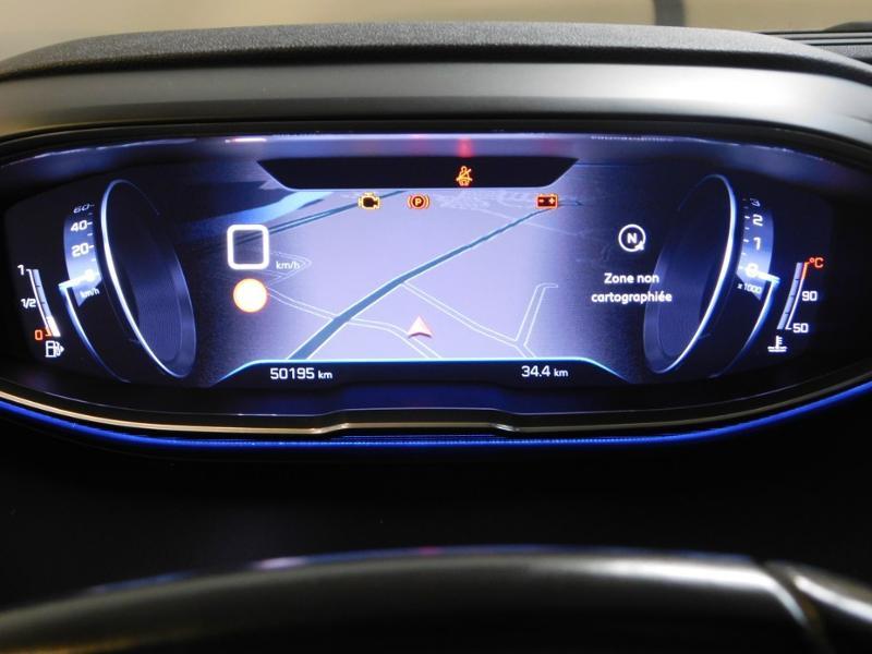 Photo 17 de l'offre de PEUGEOT 3008 1.5 BlueHDi 130ch E6.c Allure S&S à 24890€ chez Autovia Véhicules Multimarques