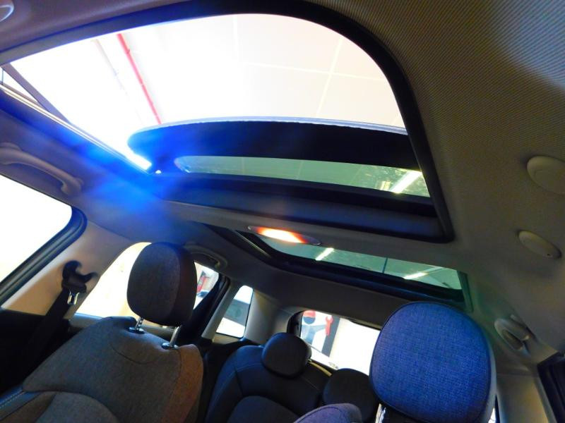 Photo 25 de l'offre de MINI Mini 5 Portes Cooper 136ch Blackfriars BVA à 22990€ chez Autovia Véhicules Multimarques