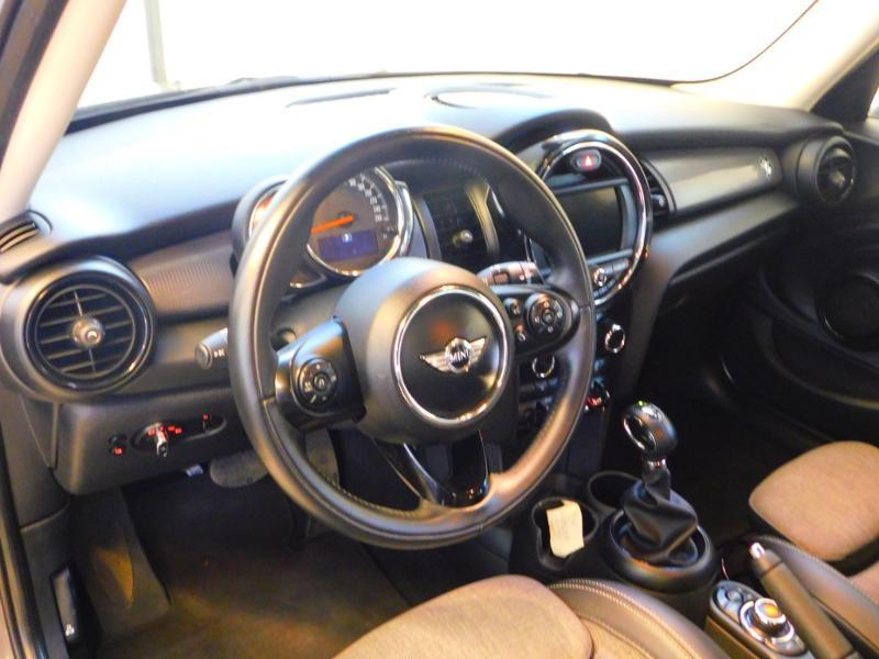 Photo 7 de l'offre de MINI Mini 5 Portes Cooper 136ch Blackfriars BVA à 22990€ chez Autovia Véhicules Multimarques