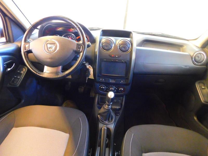 Photo 2 de l'offre de DACIA Duster 1.5 dCi 110ch Prestige 4X2 Euro6 à 12990€ chez Autovia Véhicules Multimarques