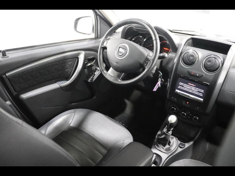 Photo 2 de l'offre de DACIA Duster 1.5 dCi 90ch Prestige à 12990€ chez Autovia Véhicules Multimarques