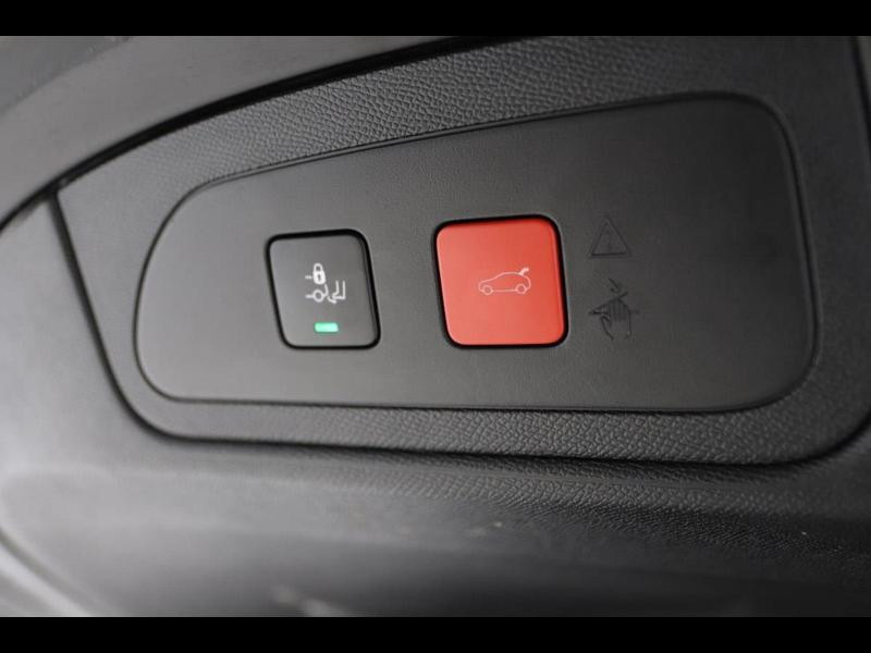 Photo 16 de l'offre de DS DS 7 Crossback BlueHDi 130ch Grand Chic Automatique 7cv à 39900€ chez Autovia Véhicules Multimarques
