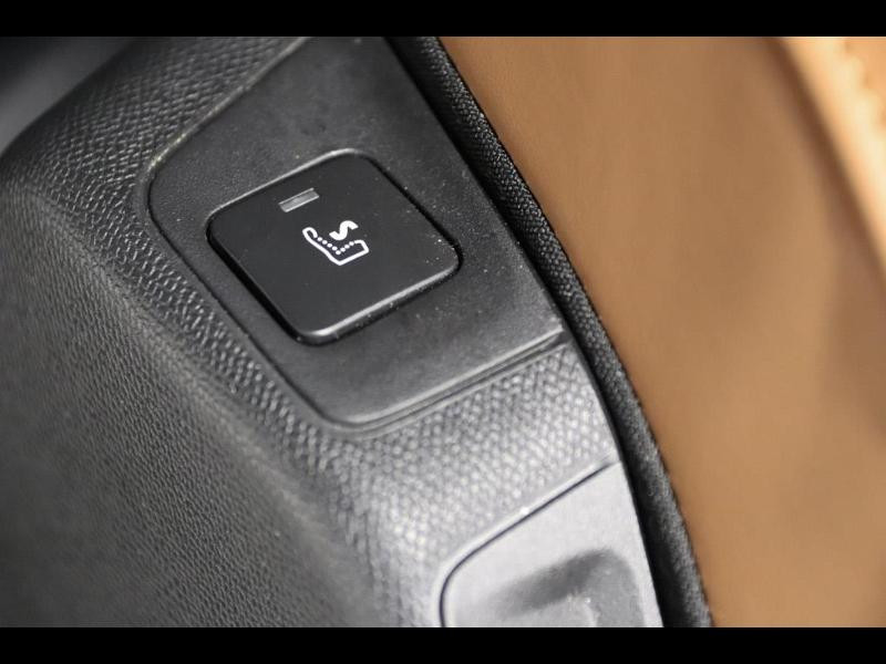 Photo 18 de l'offre de DS DS 7 Crossback BlueHDi 130ch Grand Chic Automatique 7cv à 39900€ chez Autovia Véhicules Multimarques