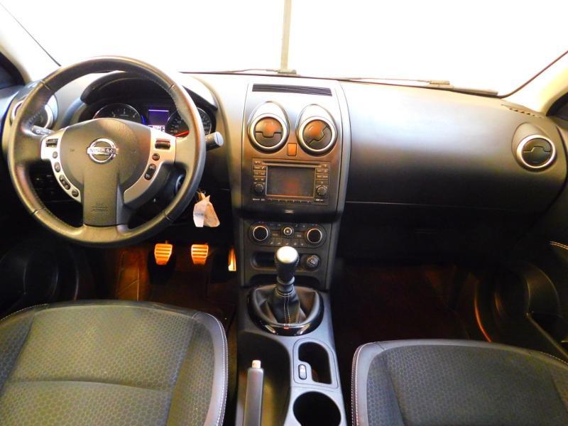 Photo 2 de l'offre de NISSAN Qashqai 1.5 dCi 110ch FAP Connect Edition à 10990€ chez Autovia Véhicules Multimarques