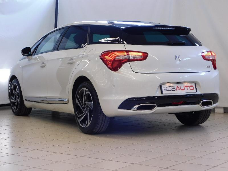 Photo 3 de l'offre de CITROEN DS5 2.0 BlueHDi180 Sport Chic S&S EAT6 à 15990€ chez Autovia Véhicules Multimarques