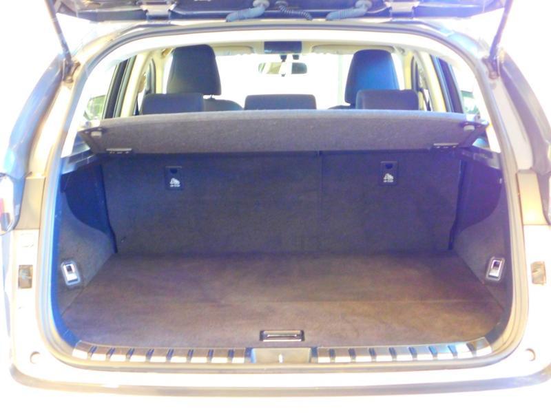Photo 4 de l'offre de LEXUS NX 300h 2WD Pack Business à 24990€ chez Autovia Véhicules Multimarques