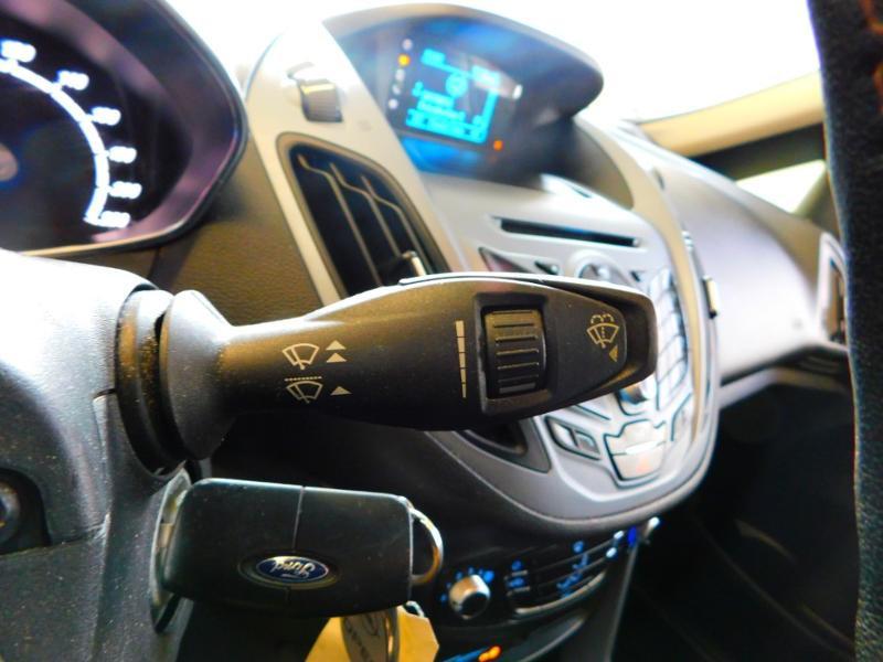 Photo 14 de l'offre de FORD B-MAX 1.0 SCTi 100ch EcoBoost Stop&Start Edition à 9890€ chez Autovia Véhicules Multimarques