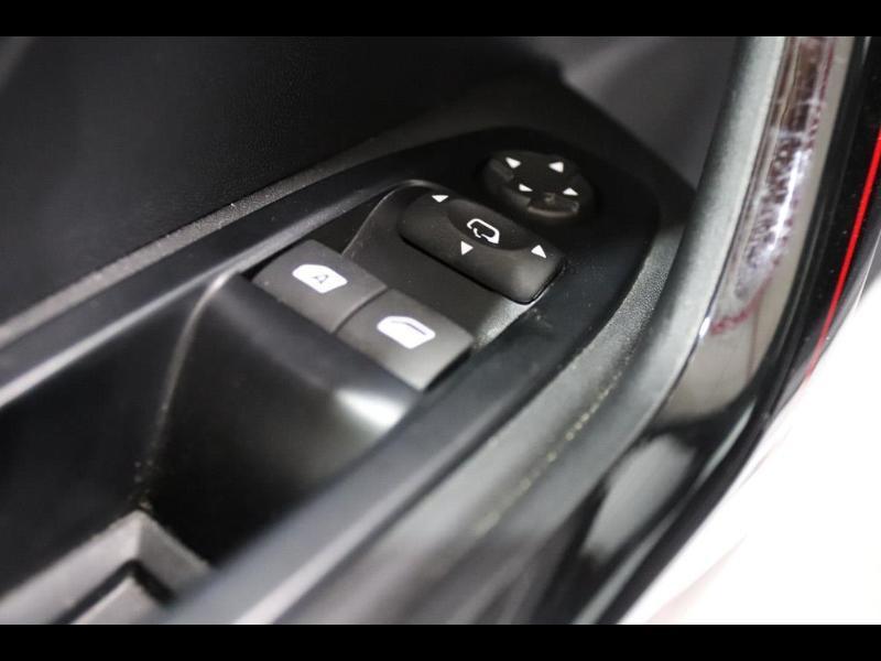 Photo 11 de l'offre de PEUGEOT 208 1.6 BlueHDi 100ch GT Line 3p à 16500€ chez Autovia Véhicules Multimarques