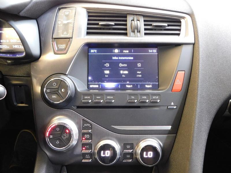 Photo 19 de l'offre de CITROEN DS5 2.0 BlueHDi180 Sport Chic S&S EAT6 à 15990€ chez Autovia Véhicules Multimarques