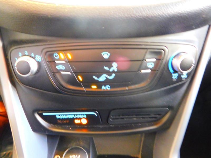 Photo 18 de l'offre de FORD B-MAX 1.0 SCTi 100ch EcoBoost Stop&Start Edition à 9890€ chez Autovia Véhicules Multimarques