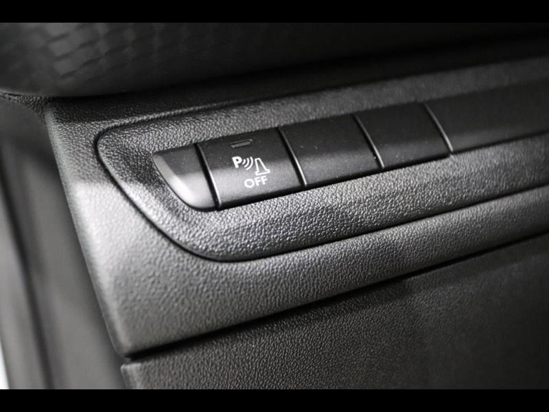 Photo 12 de l'offre de PEUGEOT 208 1.6 BlueHDi 100ch GT Line 3p à 16500€ chez Autovia Véhicules Multimarques