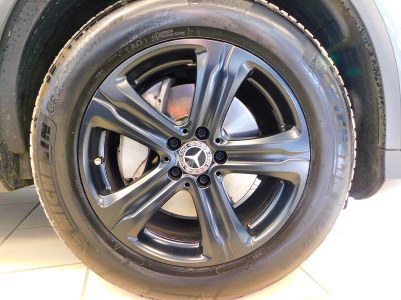 Photo 5 de l'offre de MERCEDES-BENZ GLC 250 d 204ch Executive 4Matic 9G-Tronic à 37900€ chez Autovia Véhicules Multimarques
